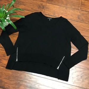 🍁🍂 Banana Republic Black Sweater with Zippers